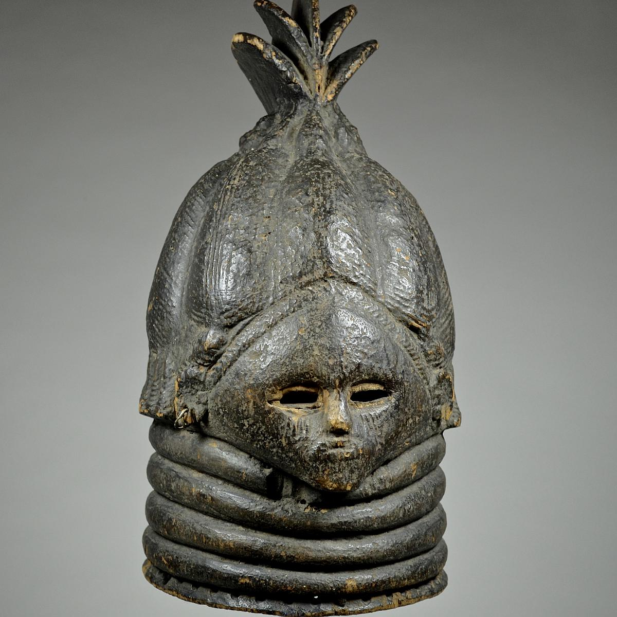Bundu mask from the Sande Society 4