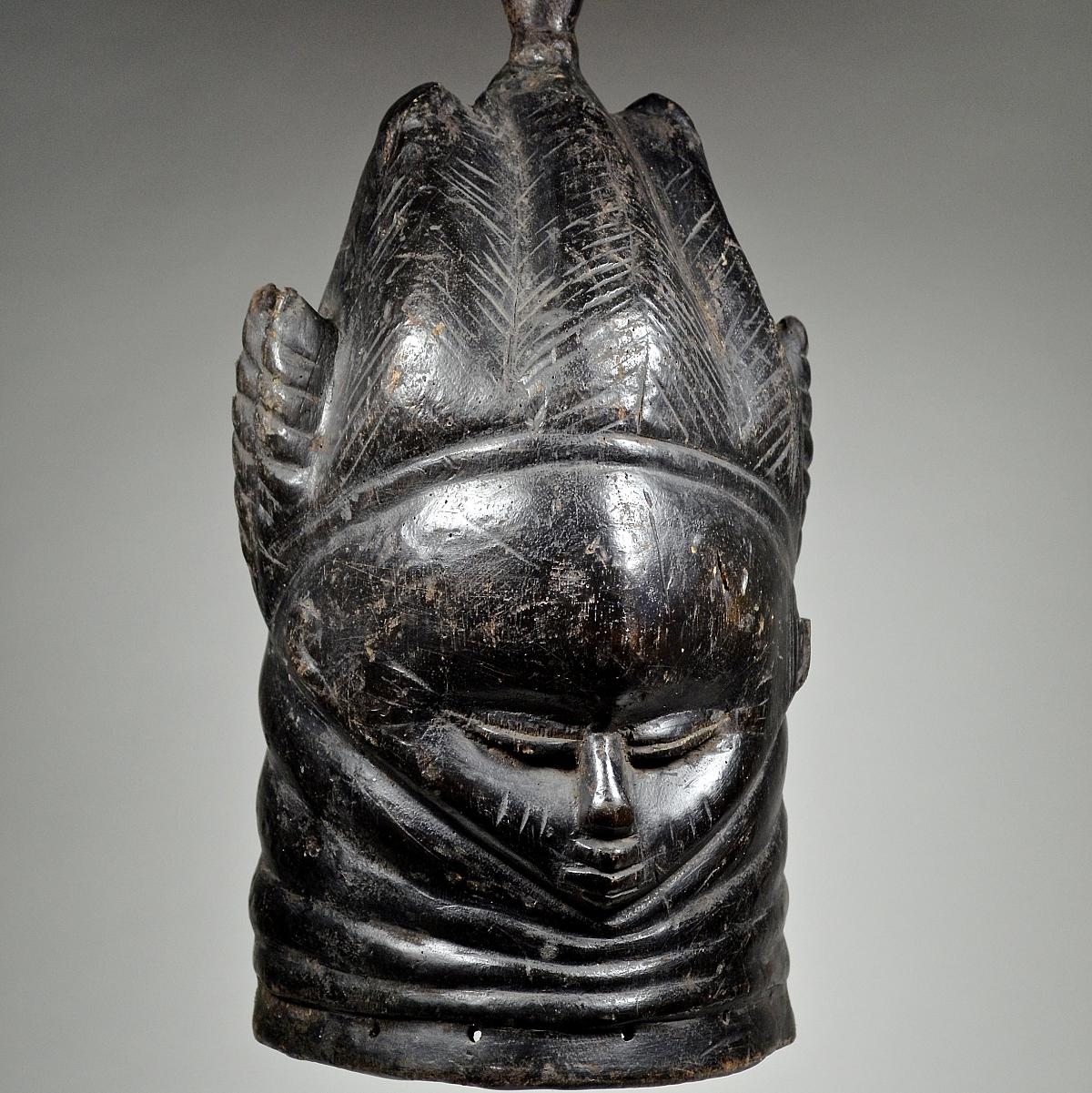 Bundu mask Sowei of the Sande society
